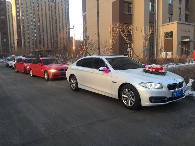 宝马红色4座跑,白色宝马4座敞篷跑车,阿特兹,马六婚礼车队租赁,婚礼录