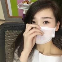 化妆师瞿芳燕